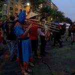 Protestierende Musiktruppe